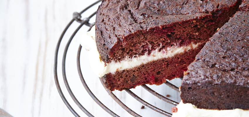 Gluten free red velvet cake with chocolate beets for Gluten free chocolate beetroot cake