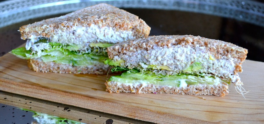 "Vegan ""Tuna Salad"" Sandwich That Won't Stink Up The Office"