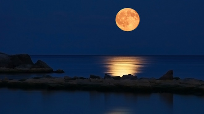 The full moon is a time of positive opportunity if you use it