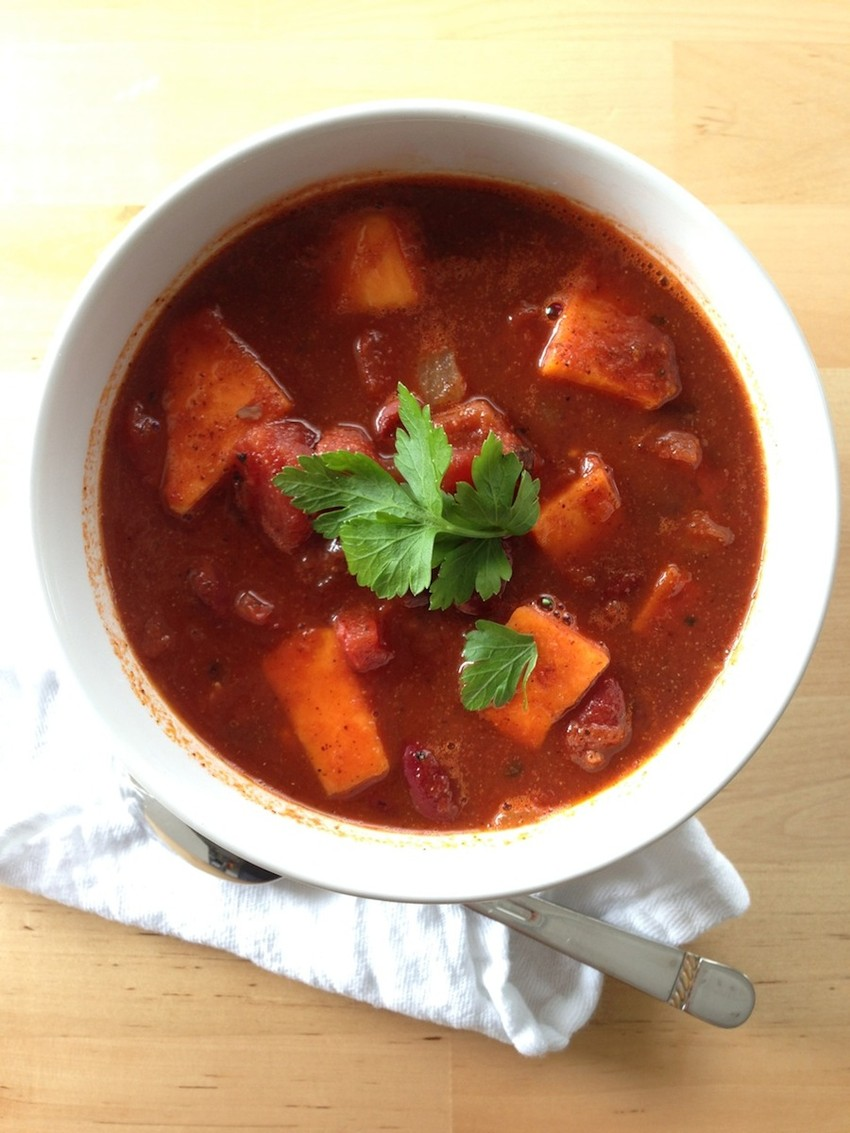 Spicy Sweet Potato & Two-Bean Chili