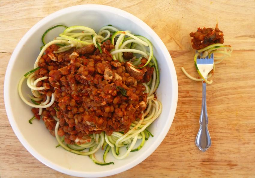 """Tasty 5-Minute Vegan """"Spaghetti Bolognese"""""""