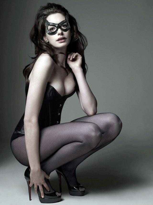 annehathaway-catwoman-vegan-large2.jpg