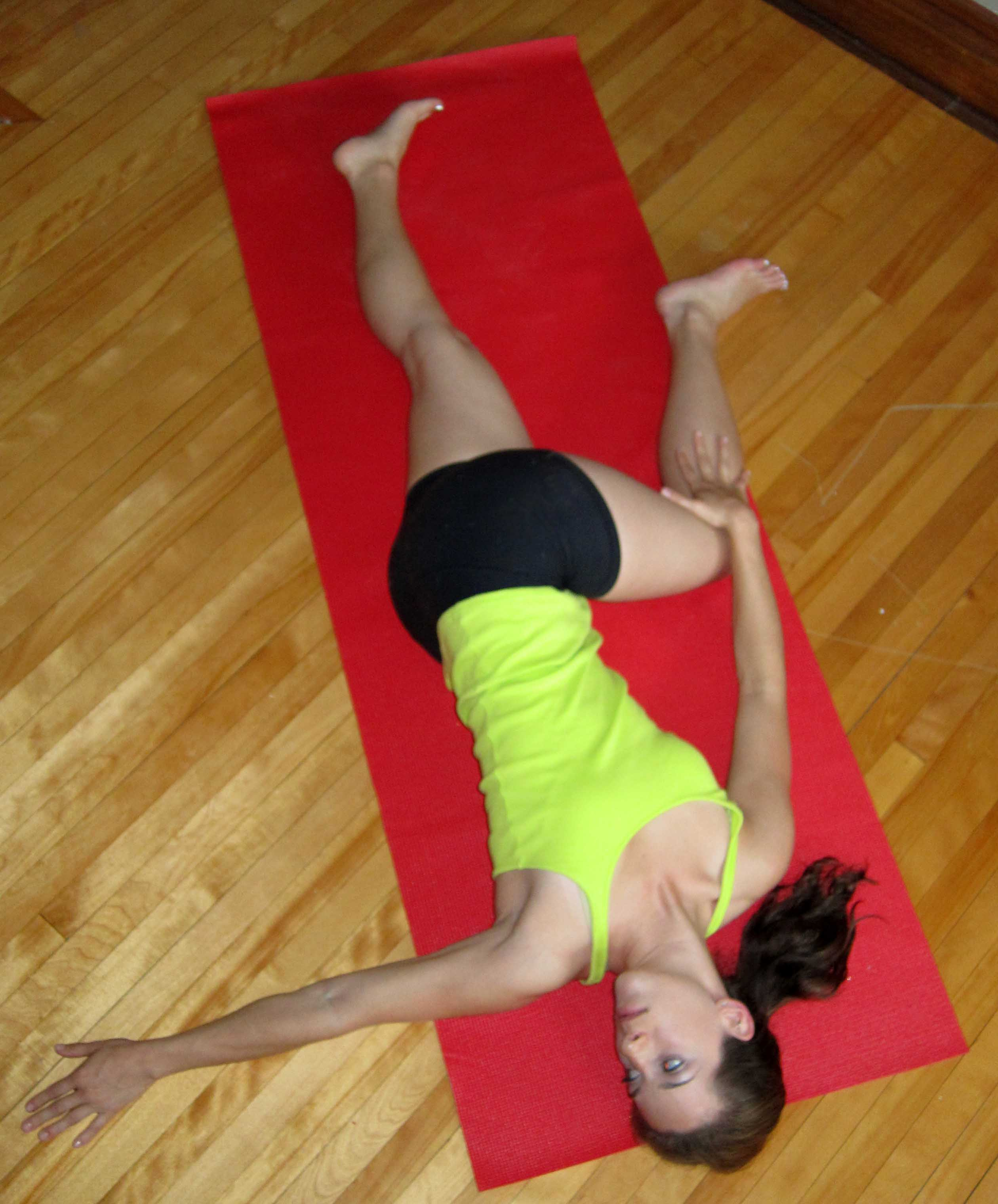 Yoga For Hockey Players 10 Poses You Should Do Lauren Rudick
