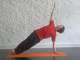 arm balance yoga poses howto tips benefits images