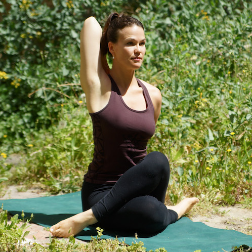 5 yoga poses to open  tone your shoulders  mindbodygreen
